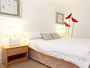London Bridge Serviced Apartments London - Bedroom