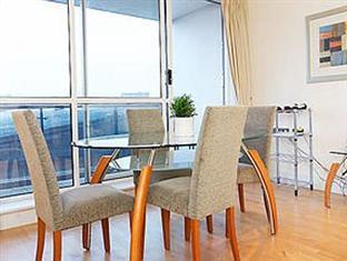 London Bridge Serviced Apartments London - Dining Area
