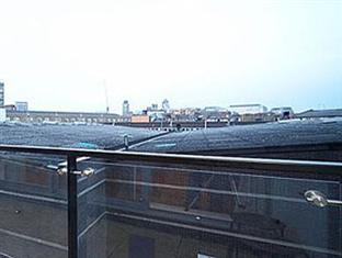 London Bridge Serviced Apartments London - Balcony