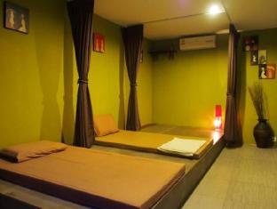 Nest Boutique Resort Bangkok - Massage Room