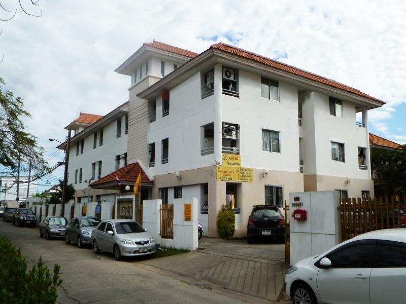 @Thanapa Apartment