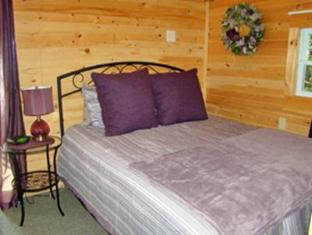 Bay Leaf Cottages & Bistro Lincolnville (ME) - Guest Room