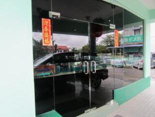 Hotel Hung Hung Kuching - Eingang