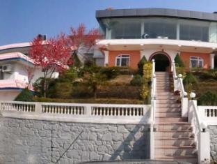 Hotel Space Mountain 太空山酒店