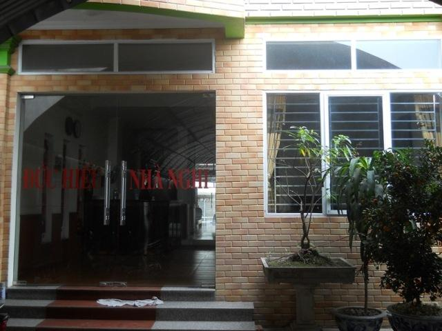 Hotell Duc Hieu Airport Guesthouse