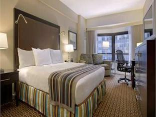 Hilton And Towers Hotel New York (NY) - Guest Room