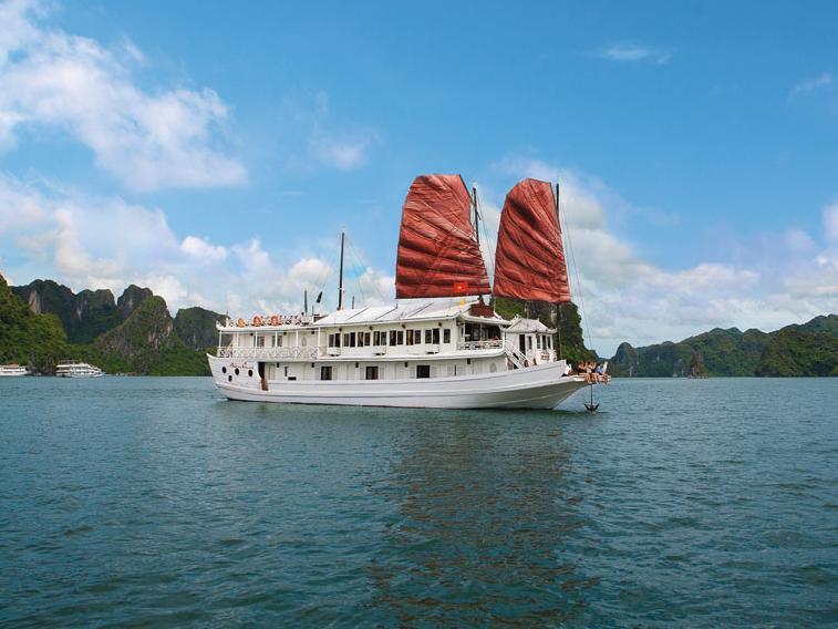 Halong Louis Cruise - Hotell och Boende i Vietnam , Halong