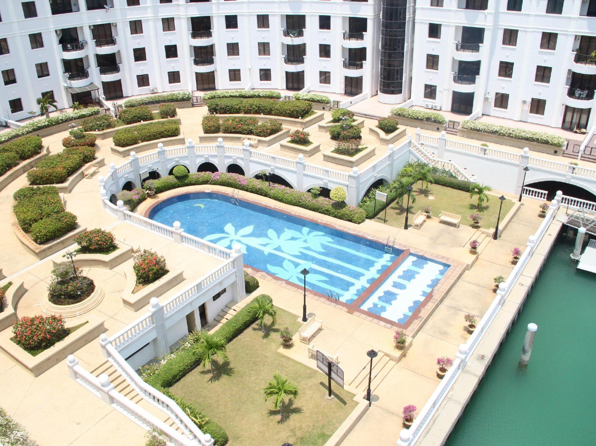 Marina Crescent Condominium - Hotels and Accommodation in Malaysia, Asia