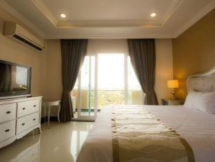 LK Grand Living Place Pattaya - Studio Balcony King Bed
