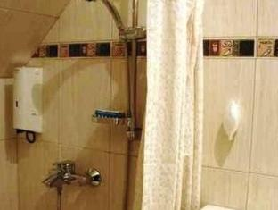 Roxane Guesthouse Budapest - Badezimmer