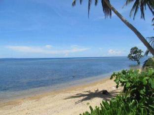 Ucoy Beach Resort 尤克伊海滩度假村