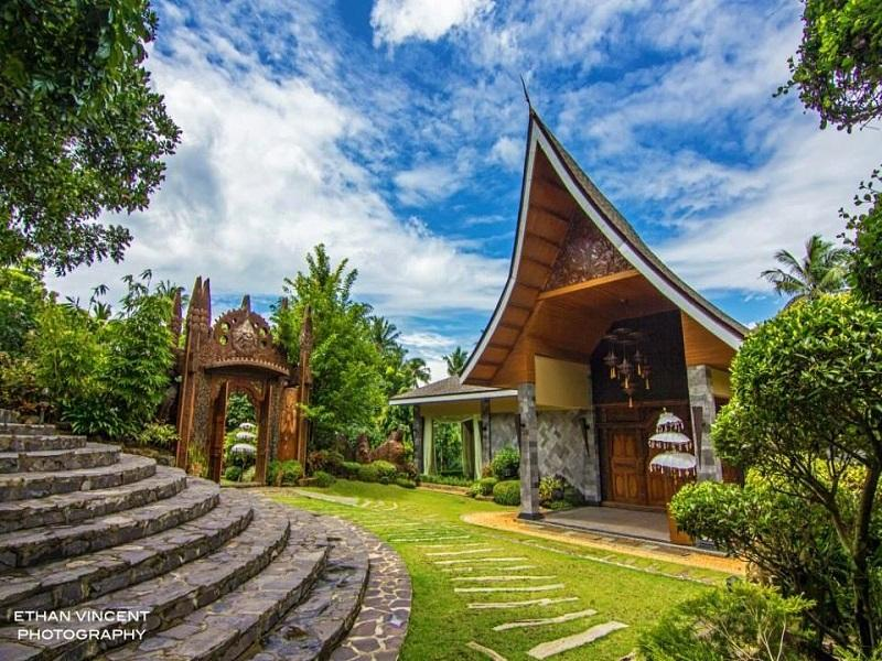 Cintai - Coritos Garden Hotel Batangas