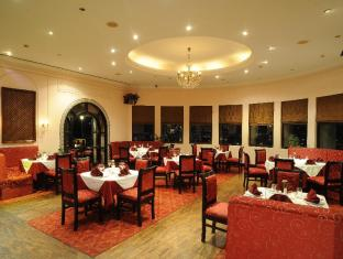 Grand Hotel - Kathmandu Kathmandu - Maharaja Indian Restaurant