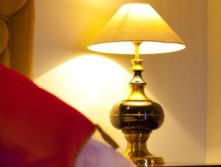 Grand Hotel - Kathmandu Kathmandu - Executive Suite Decoration