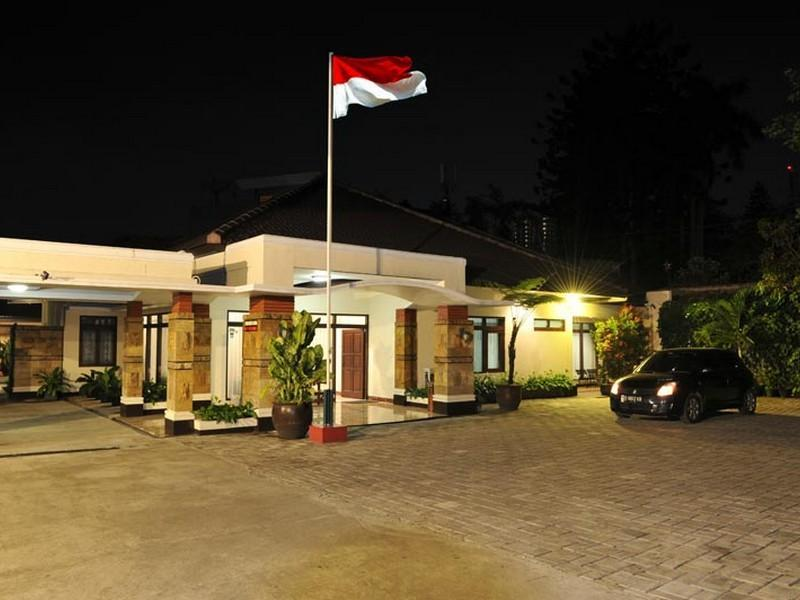 Magnolia Bed & Breakfast - Hotels and Accommodation in Indonesia, Asia