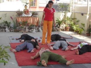 Hotel Himalaya Yoga Kathmandu - Yoga Practice