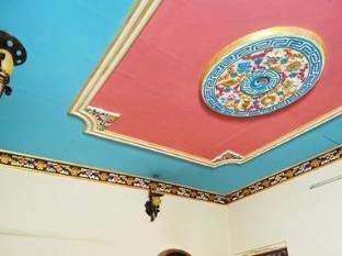 Hotel Himalaya Yoga Kathmandu - Room Interior