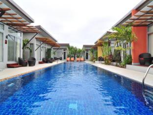 Phu NaNa Boutique Hotel بوكيت - حمام السباحة
