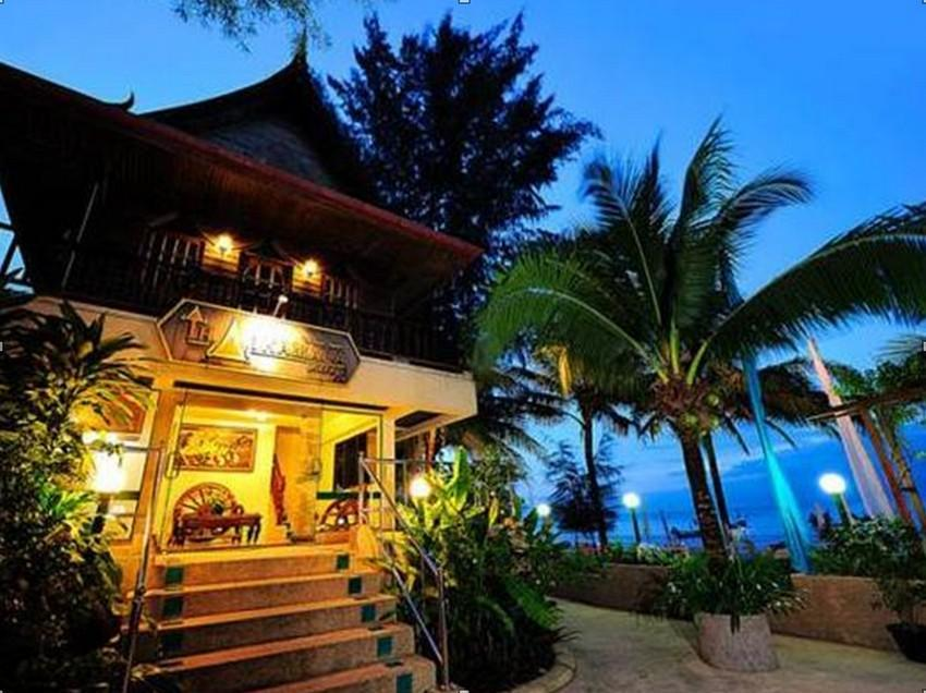 Thai Kamala Village Phuket - Hotellet indefra