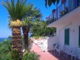 La Villa Pina Hotel