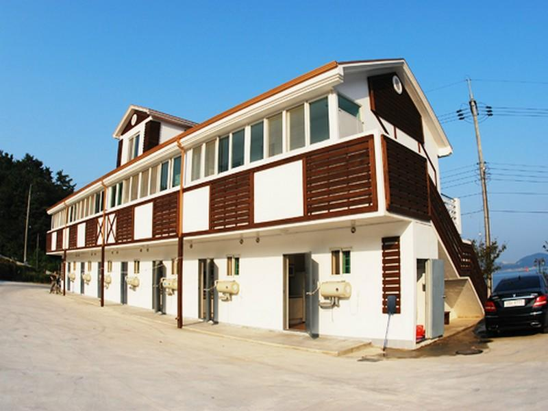 โรงแรม นัมแฮ ยูธ โฮสเทล  (Namhae Youth Hostel)