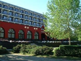Spahotel Matyas Kiraly Hajduszoboszlo - Hotel Exterior
