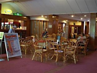 Spahotel Matyas Kiraly Hajduszoboszlo - Lobby and Bar
