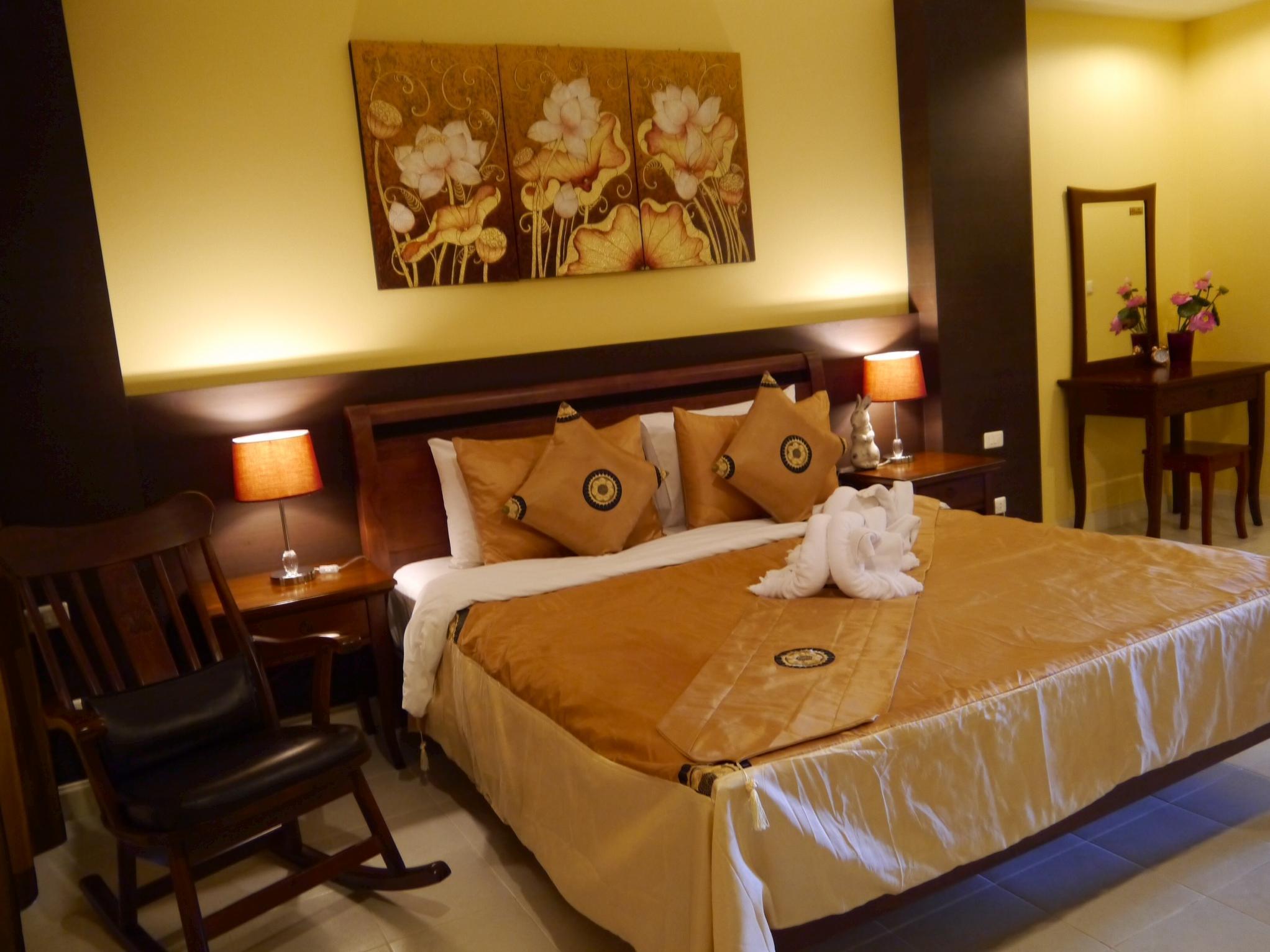 The Retro Siam Hotel