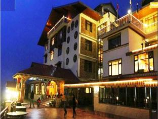 /yarlam-resort/hotel/lachung-in.html?asq=jGXBHFvRg5Z51Emf%2fbXG4w%3d%3d