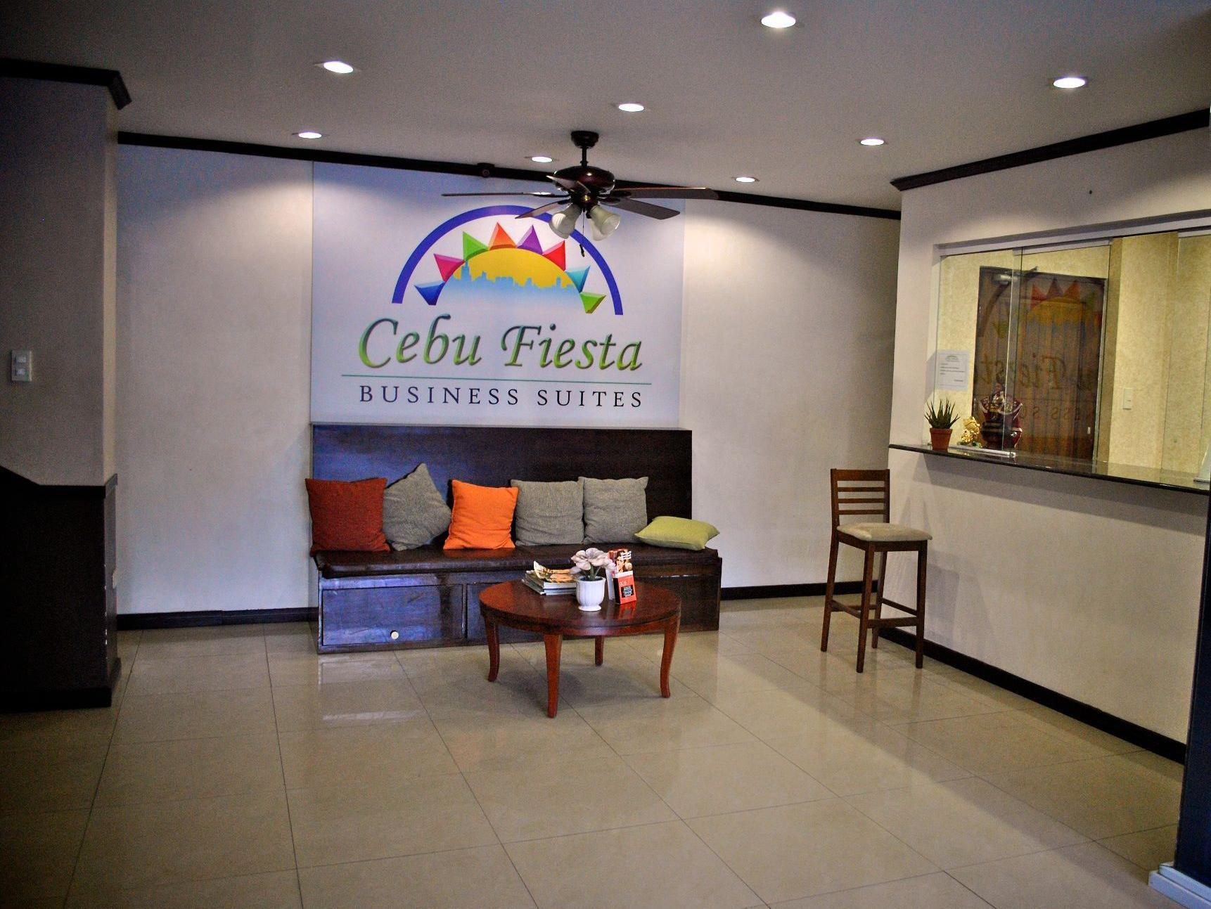 Cebu Fiesta Business Suites Себу - Фасада на хотела