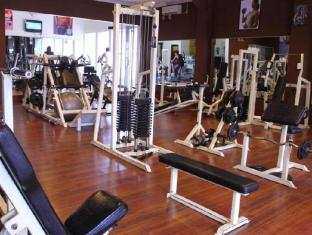 BJ Perdana Hotel Pasuruan - Fitness Center