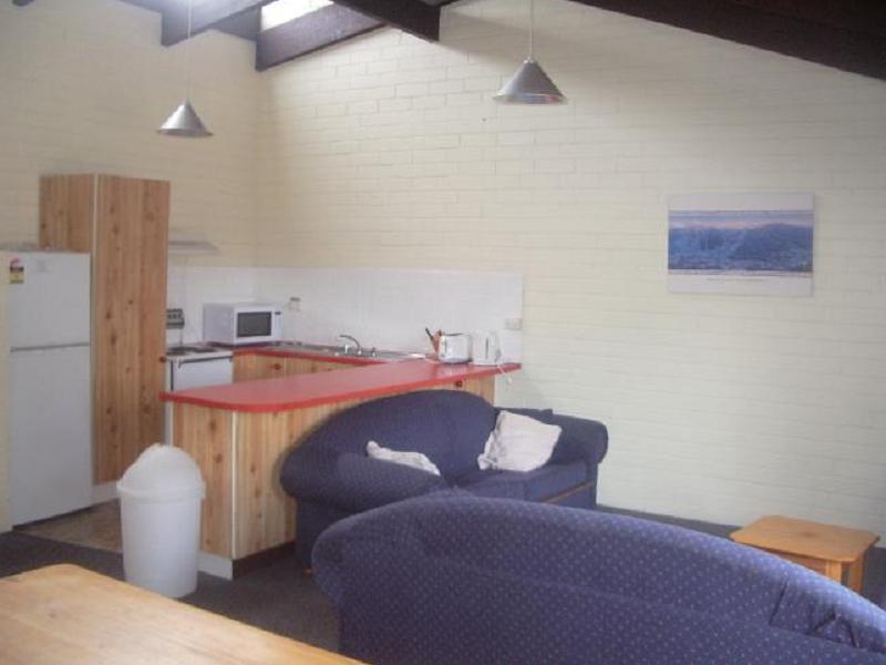 Alpha Centauri 8 - Budget Jindabyne Holiday Apartment - Hotell och Boende i Australien , Jindabyne