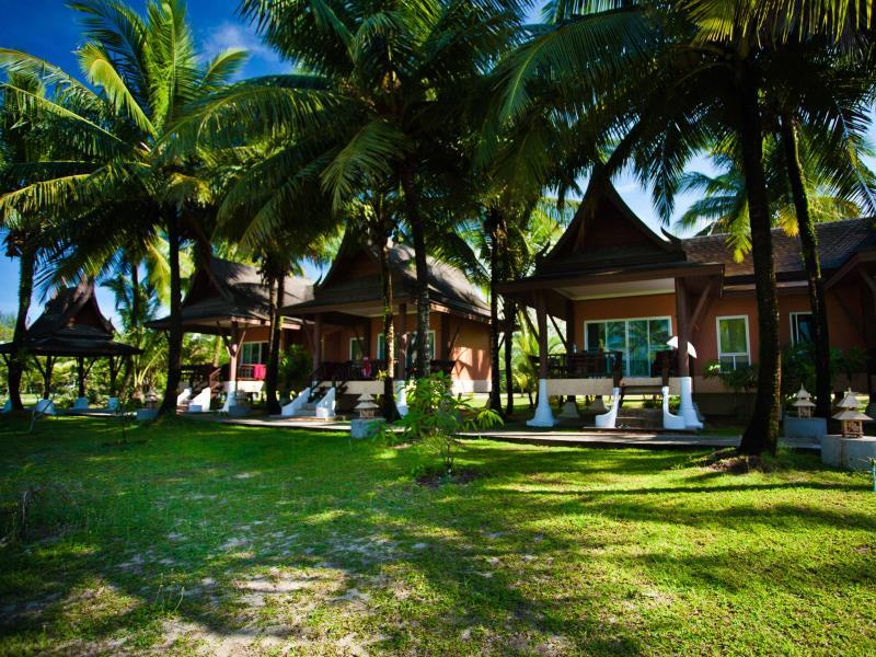 C&N Kho Khao Beach Resort - Hotels and Accommodation in Thailand, Asia