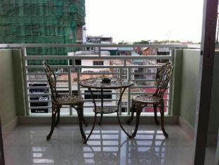 Green Centre Point Inn Phnom Penh - Super Deluxe - king Size