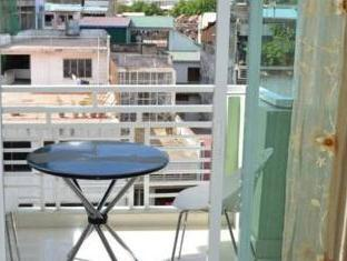 Green Centre Point Inn Phnom Penh - Balcony/Terrace