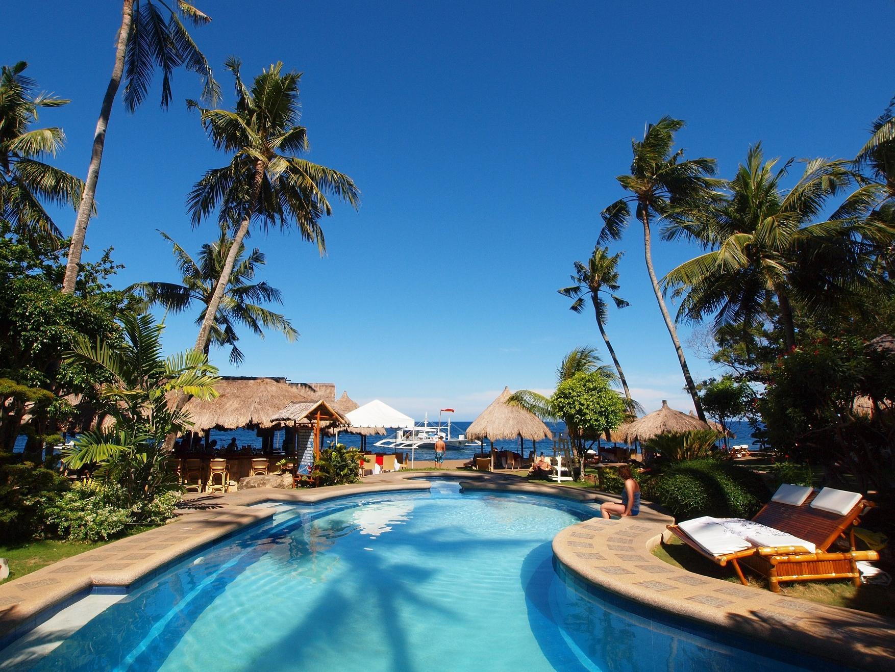 Pura Vida Beach & Dive Resort Dauin