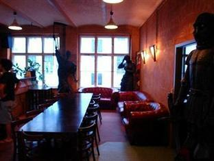 The Odyssee Hostel Berlin - Lobby