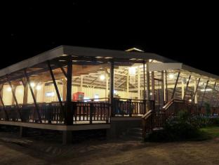 Anika Island Resort Cebu - Food, drink and entertainment