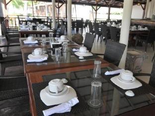 Anika Island Resort Cebu - Dining Area