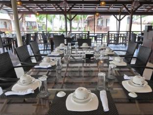 Anika Island Resort Cebu - Chloe Cafe Dining Area