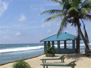 Beauty Coral Hotel Hikkaduwa - Private Beach