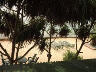 Beauty Coral Hotel Hikkaduwa - Relaxation By the Beach