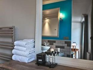 Hotel Le Robinet D'Or Parijs - Badkamer