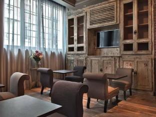 Hotel Le Robinet D'Or Paris - Interior