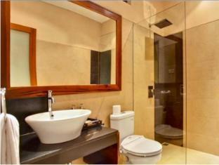 Balcony Living Apartment Bali - Guest Room