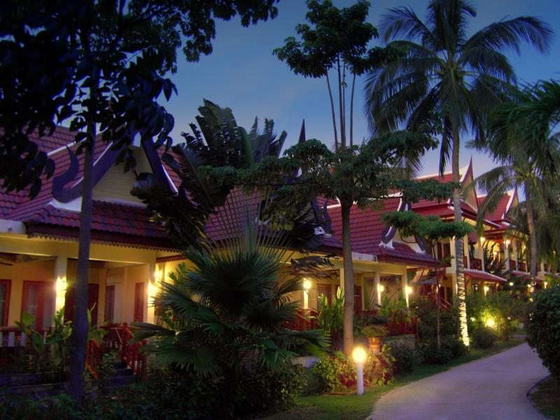 Palm Village - Hotels and Accommodation in Thailand, Asia