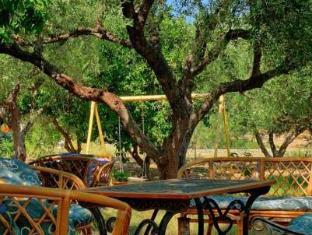 Keri Studios Kostas-Kleopatra Zakynthos Island - Garden