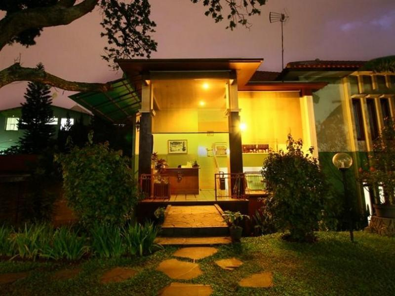 Retanata Homestay - Hotels and Accommodation in Indonesia, Asia