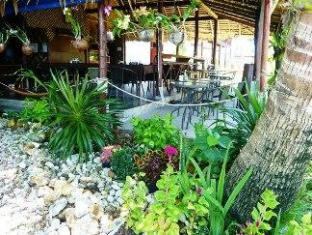 Lam Sai Village Hotel פוקט - מסעדה