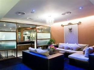 Hold Me Hotel  Zhongzheng 豪美旅店 中正馆